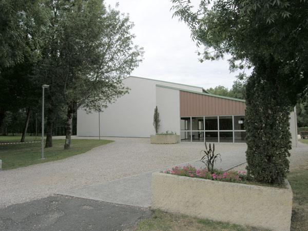 Salle polyvalente sportive – Gensac-la-Pallue