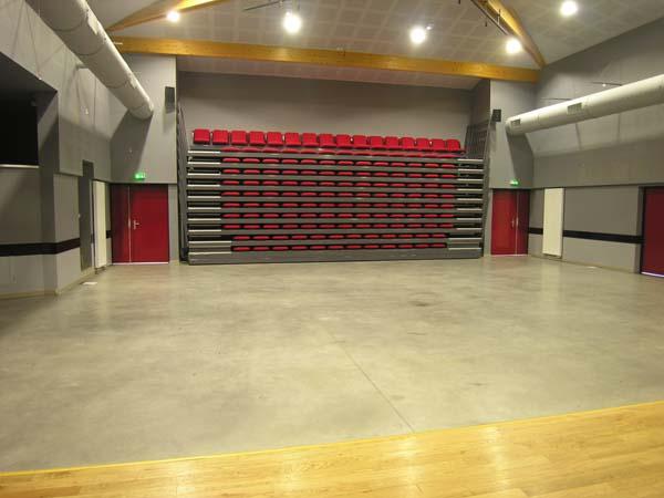 Salle socio-culturelle – Courcôme