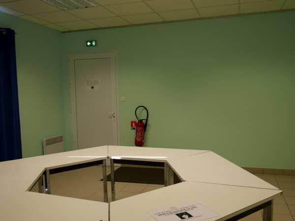 Salle communale – Péré