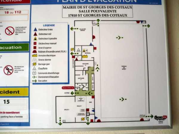 Salle Polyvalente (gymnase) – Saint-Georges-des-Coteaux
