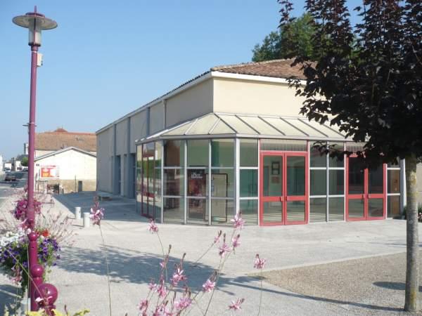 Salle Polyvalente – Saint-Porchaire