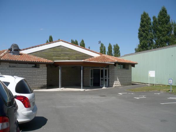 Salle Hélène Neveur – Thénac