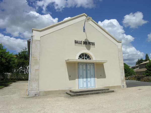 Salle des fêtes – François