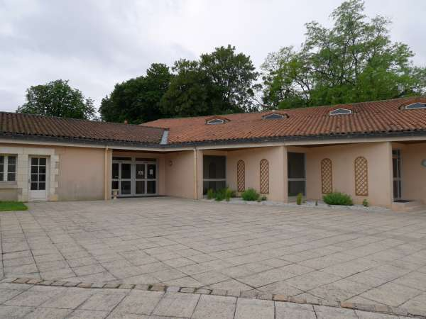 Salle des fêtes – Beaumont Saint-Cyr