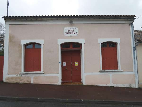 Salle communale – Touvre