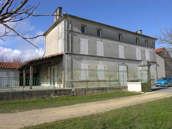 Salle des fêtes – Vaux-Rouillac
