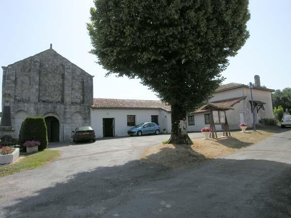 Salle des fêtes – Coteaux-du-Blanzacais