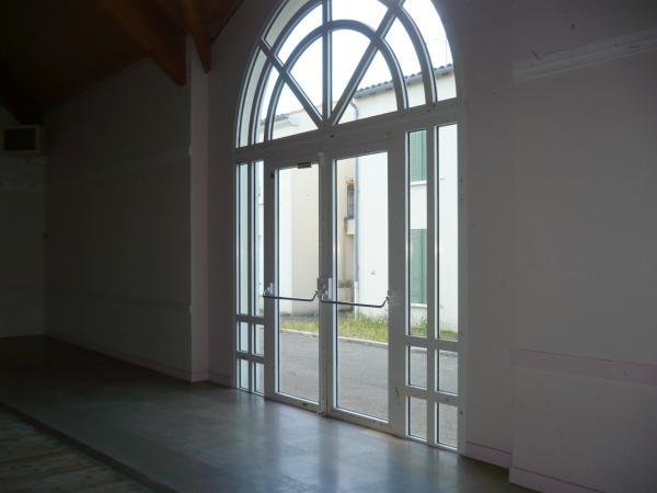 Salle des fêtes (Grande salle) – Chaniers