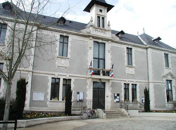 Salle de spectacle (au-dessus de la mairie) – Sauzé-Vaussais