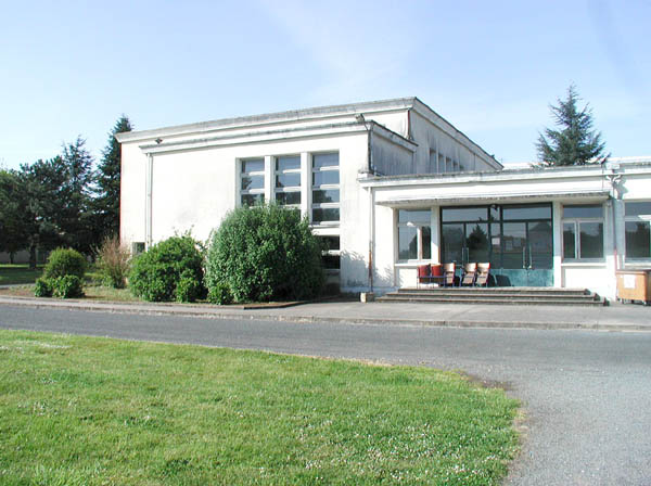 Salle de spectacles : lycée agricole de Venours – Rouillé